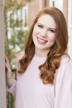 SarahSenior17-18